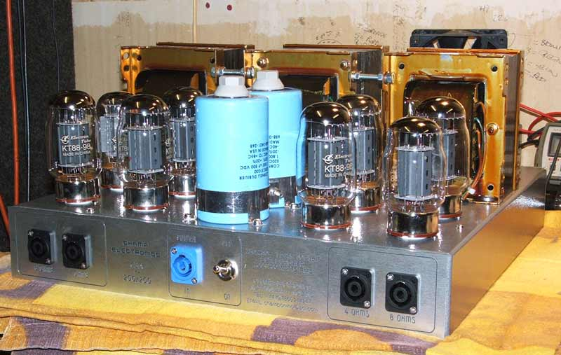 The Champ CBA-200/200 (8 x KT88) Stereo Amplifier on