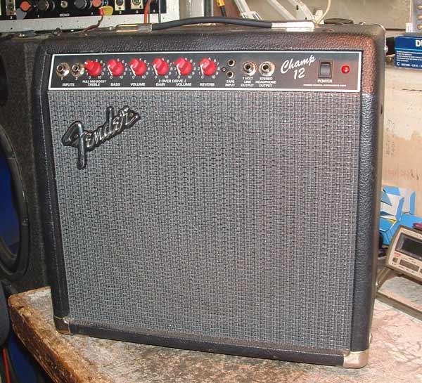 Servicing a Fender Champ 12 Amp on